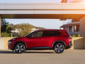 2021-nissan-rogue-toys-with-more-efficient-turbo-3