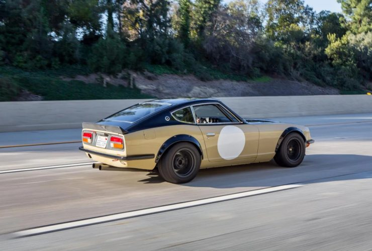 a-very-cool-restomod:-1972-datsun-240z-with-a-surprise-under-the-hood