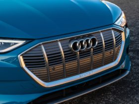 audi-q6-e-tron-twinned-with-electric-porsche-macan-due-in-2022