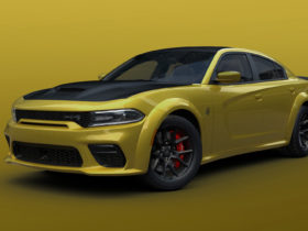 dodge-finally-makes-gold-rush-heritage-hue-available-on-charger