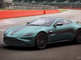 aston-martin-vantage-f1-edition-debuts-with-more-downforce-&-power
