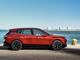 bmw-ix-suv-charges-ev-lineup,-jeep-moab-concepts-unveiled,-wrangler-4xe-rated:-what's-new-@-the-car-connection