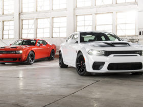 put-a-leash-on-your-hellcat:-new-security-mode-limits-engine-to-3-hp