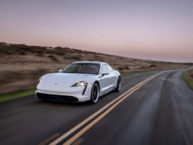 a-free-software-update-lets-2020-porsche-taycan-owners-improve-performance,-add-features-from-2021-model