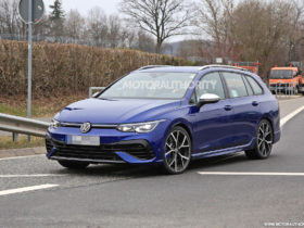 2022-volkswagen-golf-r-variant-spy-shots:-hot-wagon-to-remain-forbidden-fruit