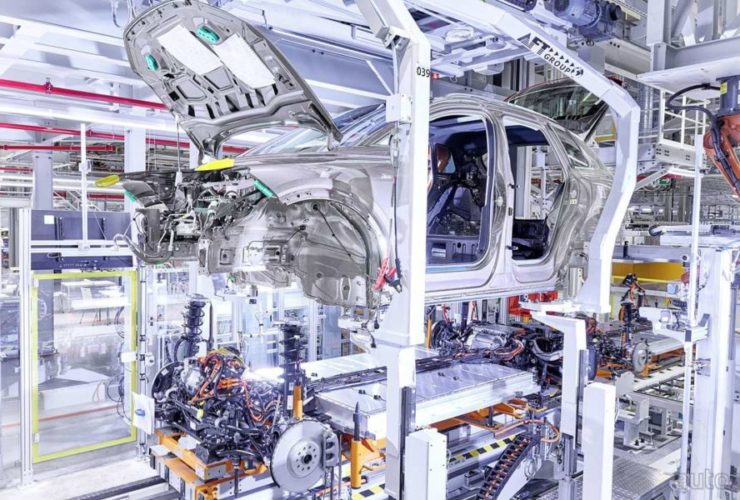 audi-q4-e-tron-production-begins-in-germany