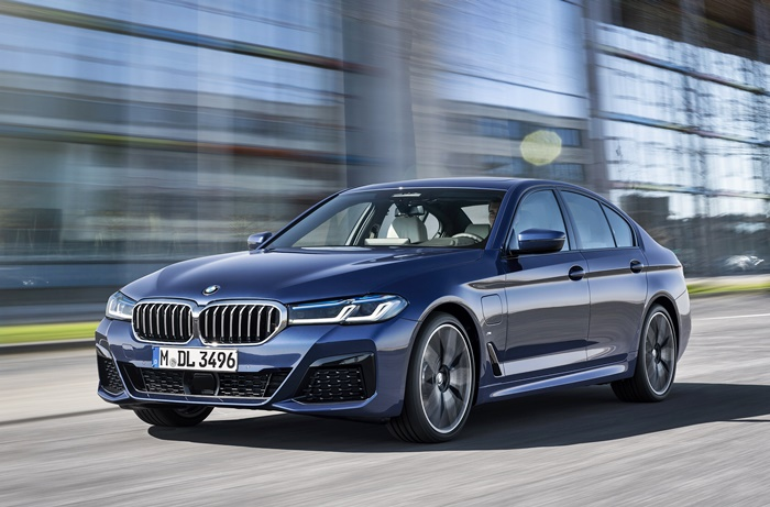 2021-bmw-530e-m-sport-and-530i-m-sport-details-and-estimated-prices-announced