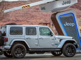 jeep-branded-charging-stations-coming-to-trailheads-this-spring-for-off-roaders-and-overlanders