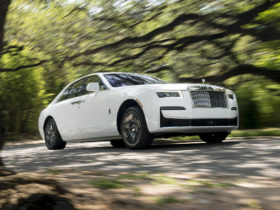 review-update:-2021-rolls-royce-ghost-summons-a-sense-of-occasion
