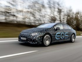 preview:-2022-mercedes-benz-eqs-arriving-with-benchmark-interior,-more-than-400-miles-of-range,-up-to-516-hp