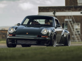 singer-shows-off-first-of-its-client-spec-911-dls-restorations
