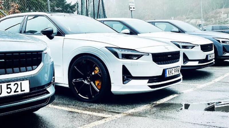 high-performance-polestar-2-prototype-teased-with-21-inch-wheels,-big-brakes