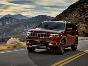 see-the-2022-jeep-wagoneer-at-the-2021-atlanta-auto-show