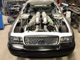 ford-crown-victoria-getting-a-27-litre-v12-tank-engine-swap