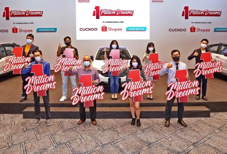 final-three-winners-of-honda-'1-million-dreams'-special-edition-vehicles-receive-their-prizes