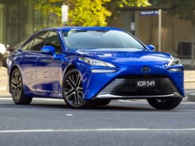 2021-toyota-mirai-price-and-specs:-hydrogen-electric-car-offered-in-limited-numbers