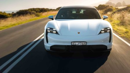 2021-porsche-taycan-review:-turbo-and-turbo-s