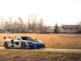 for-sale:-2019-mclaren-senna-drenched-in-bespoke-options