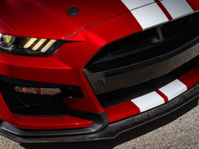 carbon-fiber-options-for-the-shelby-gt500