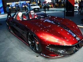 mg-cyberster:-electric-sports-car-concept-promises-500-mile-range