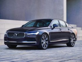 2021-volvo-s90-recharge-t8-in-showrooms,-to-be-followed-by-t5-variant-in-june