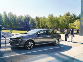 honda-to-go-full-electric-by-2040,-use-solid-state-batteries
