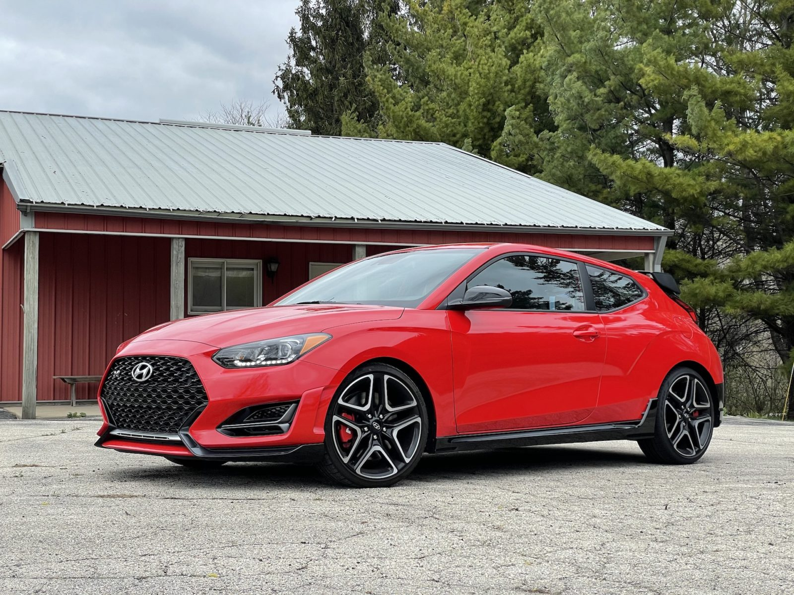 first-drive-review:-2021-hyundai-veloster-n-builds-hot-hatch-credibility-with-8-speed-dual-clutch-transmission
