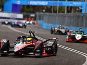 energy-management-helps-mercedes-eq-team-win-craziest-race-in-formula-e-history
