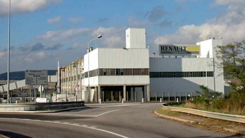 protesting-renault-factory-workers-take-management-team-hostage