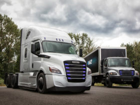 daimler,-volvo-developing-fuel-cell-trucks-via-cellcentric-joint-venture