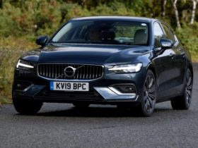 2022-volvo-s60:-australian-range-to-be-slimmed-down-with-mild-hybrid-petrol-power