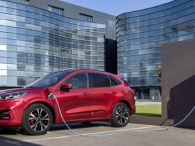 ford-escape-plug-in-hybrid-delayed-to-2022,-but-more-electric-models-are-in-the-works-for-australia