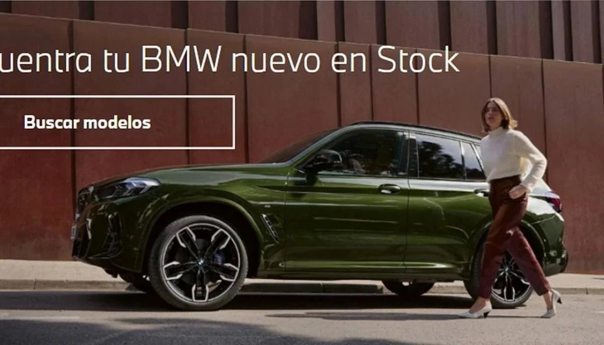 bmw-mistakenly-published-a-photo-of-the-updated-crossover-bmw-x3-2021