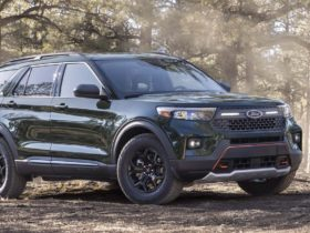 2021-ford-explorer-timberline-gets-ready-to-rumble