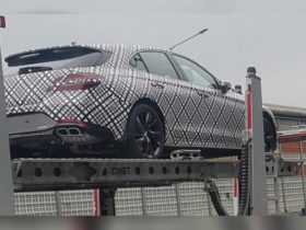 2021-genesis-g70-shooting-brake-spied-with-minimal-camouflage,-reveal-imminent