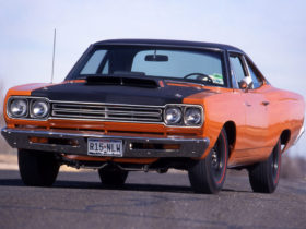 1969-plymouth-road-runner-440-wallpapers