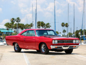 1968-plymouth-road-runner-426-hemi-wallpapers