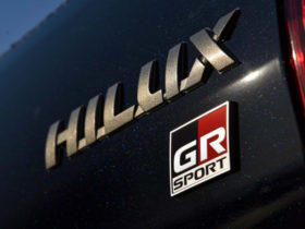 2021-toyota-hilux-gr-sport-coming-in-october-–-report