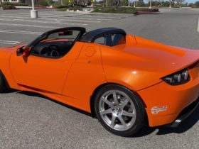 a-look-back-at-the-2008-tesla-roadster-shows-far-the-company-has-come