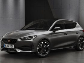 new-hatchback-cupra-leon-came-out-in-242-horsepower-petrol-modification