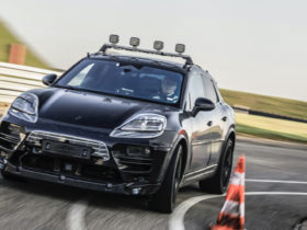 electric-porsche-macan-starts-testing-ahead-of-2023-launch