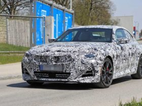 don't-worry:-new-bmw-2-series-coupe-is-not-getting-a-massive-grille