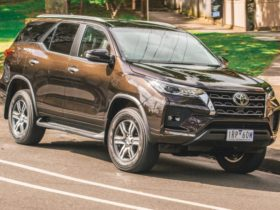 hybrid-toyota-fortuner-due-in-2022-with-diesel-power-–-report