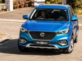 2021-mg-hs-essence-x-awd-review