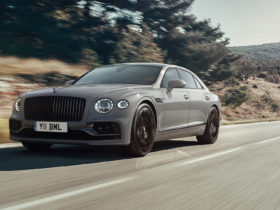 preview:-2022-bentley-flying-spur-brings-more-refinement