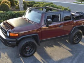 the-compact-suv-in-retro-style-toyota-fj-cruiser-has-become-a-convertible-and-can-be-bought