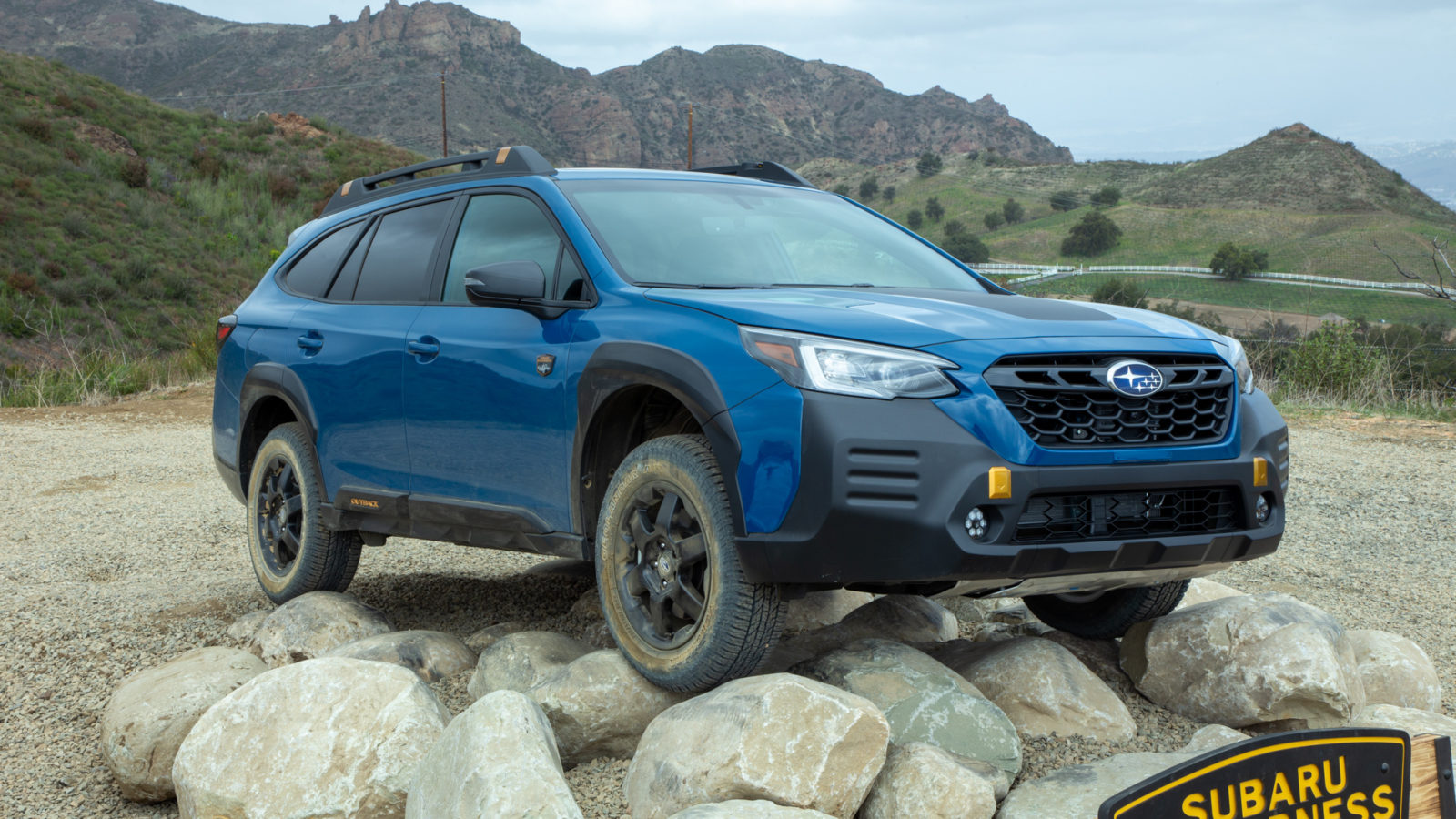first-drive:-2022-subaru-outback-wilderness-pushes-further-into-the-wild