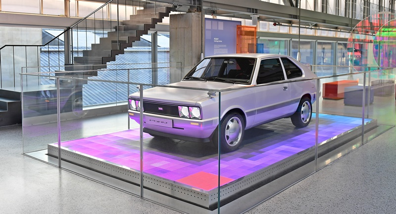 hyundai's-first-global-model-reconstructed-and-modernised-as-the-heritage-series-pony