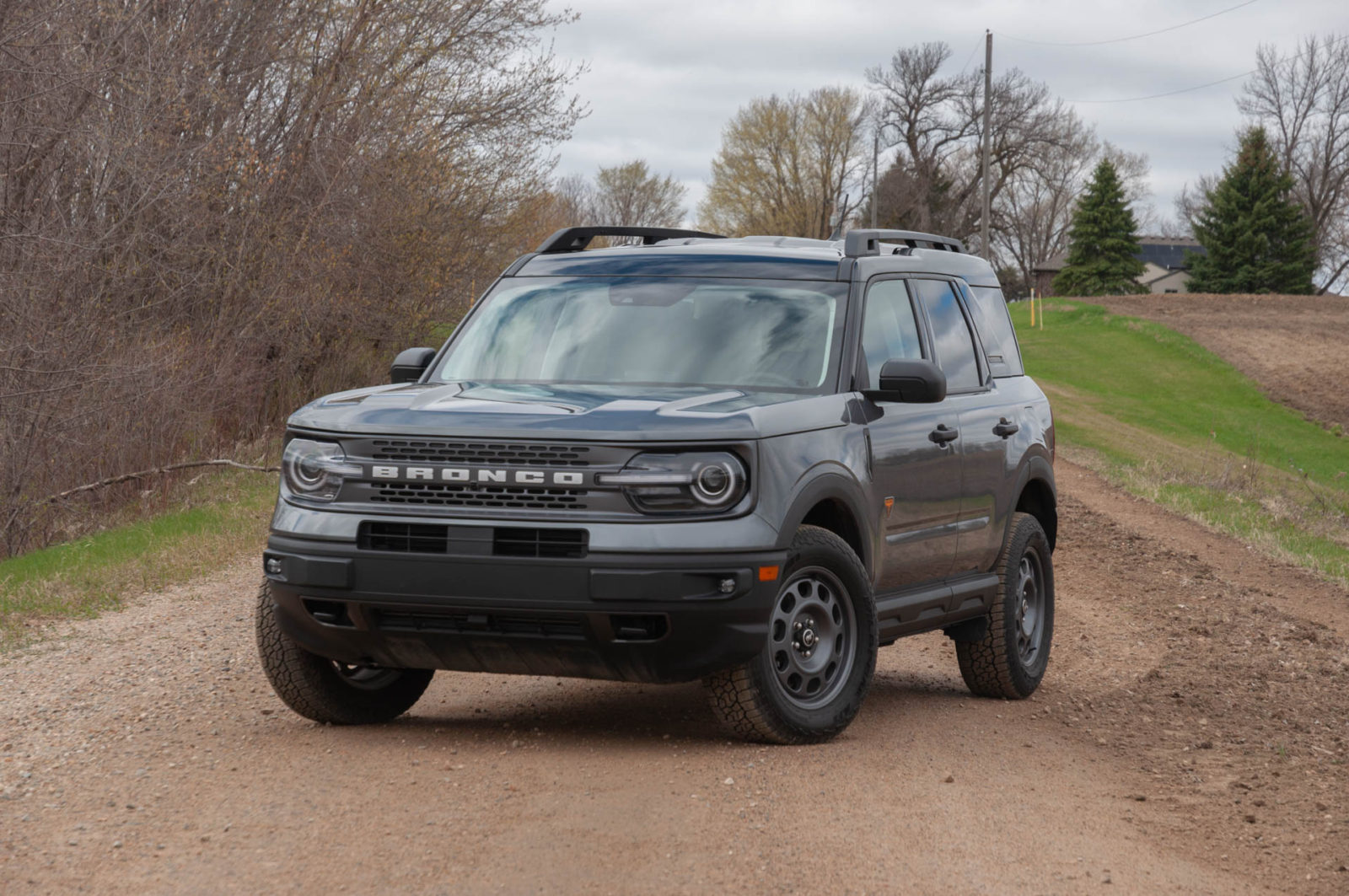 review-update:-2021-ford-bronco-sport-badlands-will-make-jeep-(compass)-buyers-reconsider