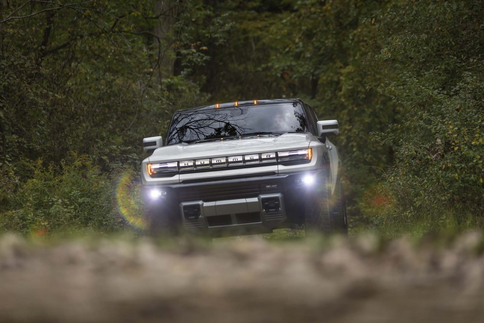 gmc-hummer-ev-pickup-truck-to-weigh-over-9,000-lbs-and-run-0-60-mph-in-about-3.0-seconds